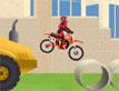 אופנוע באתר בניה