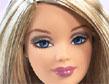 Сделате классный макияж своей любимой Барби.  Начните с загара, затем займитесь цветом волос...
